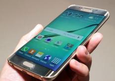 三星Galaxy手机会在截取屏幕截图后立即为您提供一个工具栏