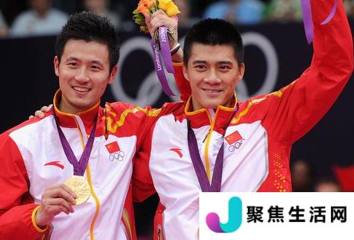 不仅有中国运动健儿争金夺银更有中国裁判和技术代表的靓丽身影