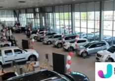 俄罗斯经销商透露 10 月份汽车价格会发生什么变化